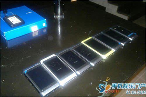 诺基亚N8白色版曝光 非常抢眼